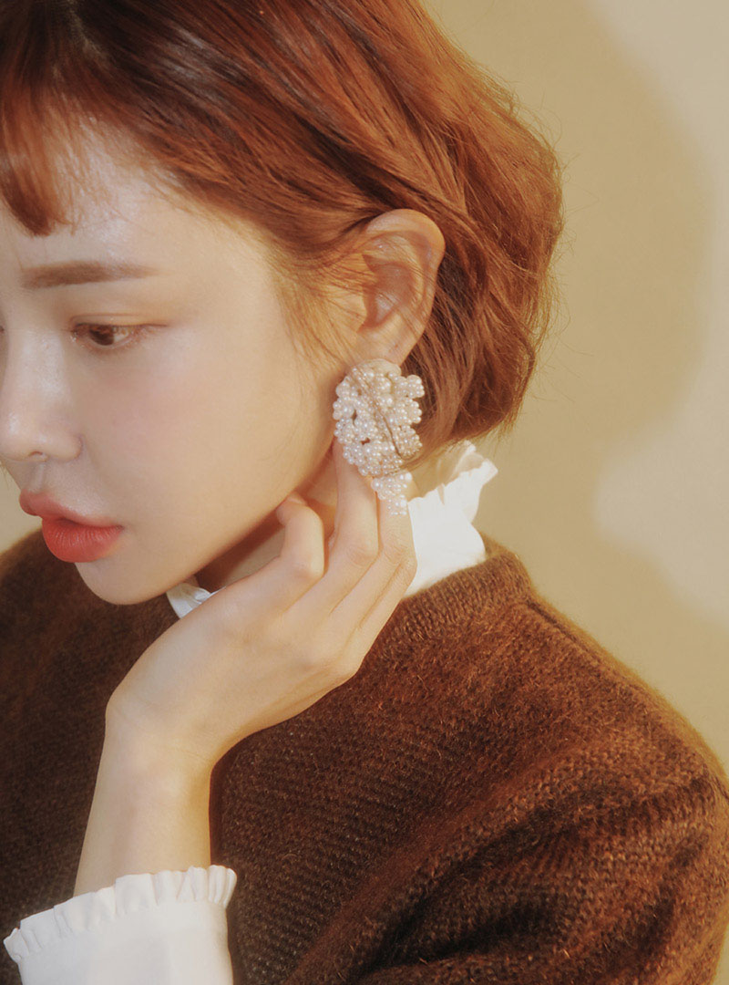 Clustered faux pearl chandelier earrings stylenanda clustered faux pearl chandelier earrings arubaitofo Gallery