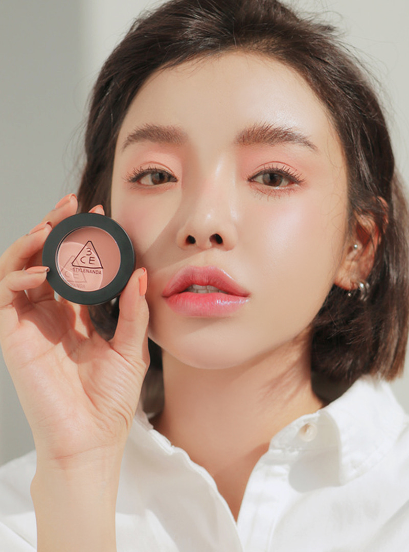 Image result for 3ce one color shadow (matte.t) SALMON PINK